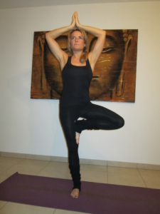 yoga weert  yin yoga  power yoga in weert  docente rebecca